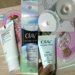Olay Natural White Insta-Glowing Fairness Cream