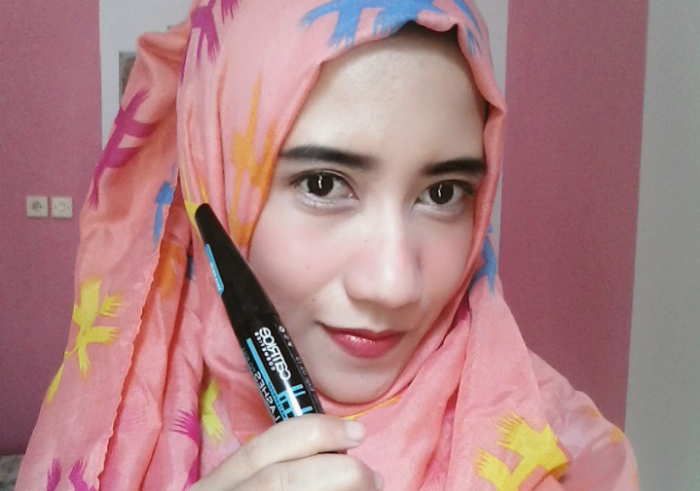 Review-catrice-lashes-to-kill-volume-mascara-waterproof-13