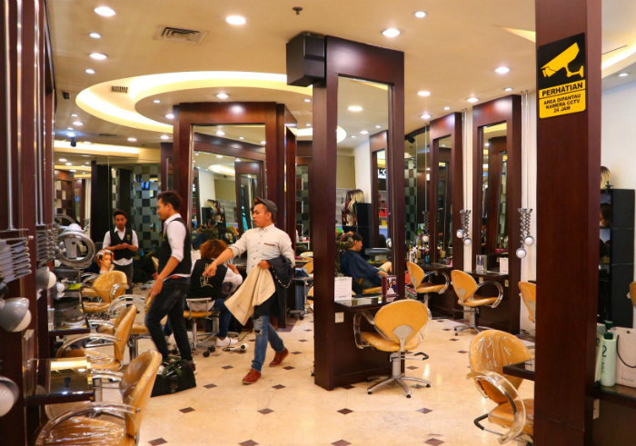 Review-chandra-gupta-hair-and-beauty-salon-17