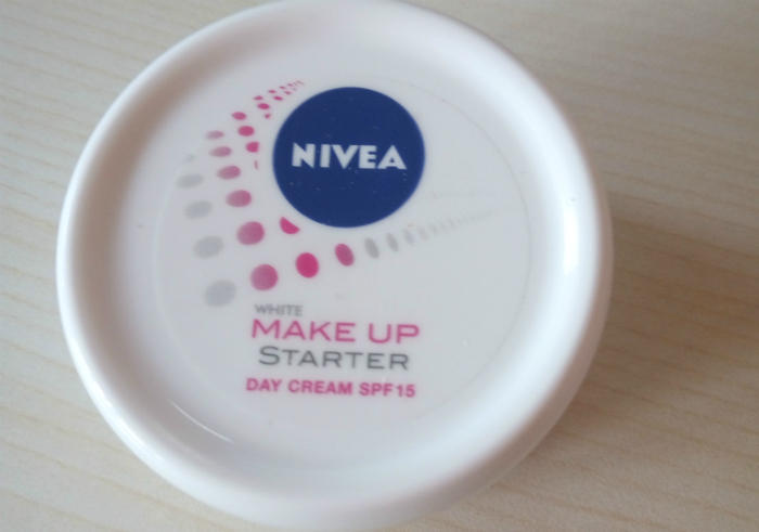 Review-cream-pelembab-nivea-white-make-up-starter-day-cream-1