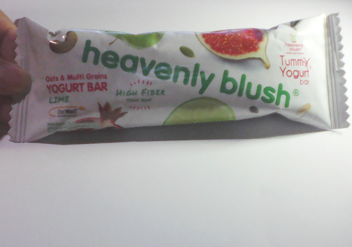 Review-heavenly-blush-yogurt-bar-13