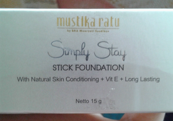 Review-mustika-ratu-simply-stay-stick-foundation-smoothie-yellow-20