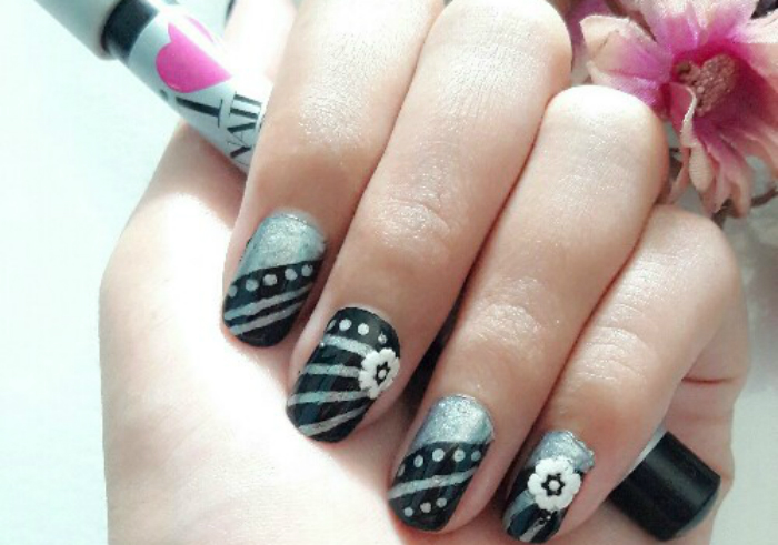 Review-sally-hansen-nail-art-pen-silver-15