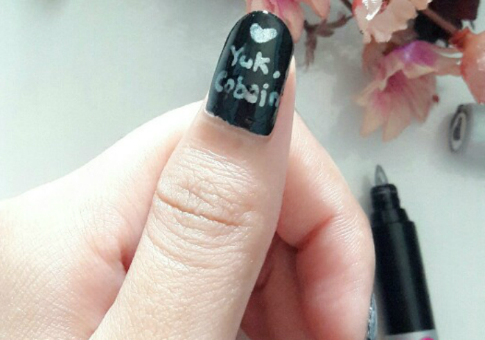 Review-sally-hansen-nail-art-pen-silver-16