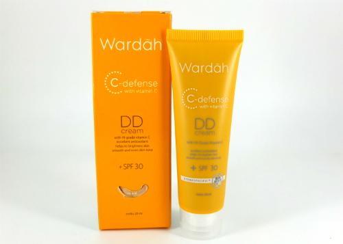 Wardah C-Defense DD Cream Natural by Aprijanti Aprie