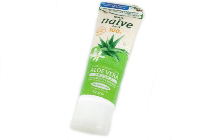 Kracie Naive Facial Cleansing Foam Aloe Vera