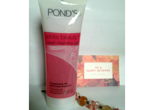 gambar review ke-2 untuk Pond's White Beauty Pearl Cleansing Gel