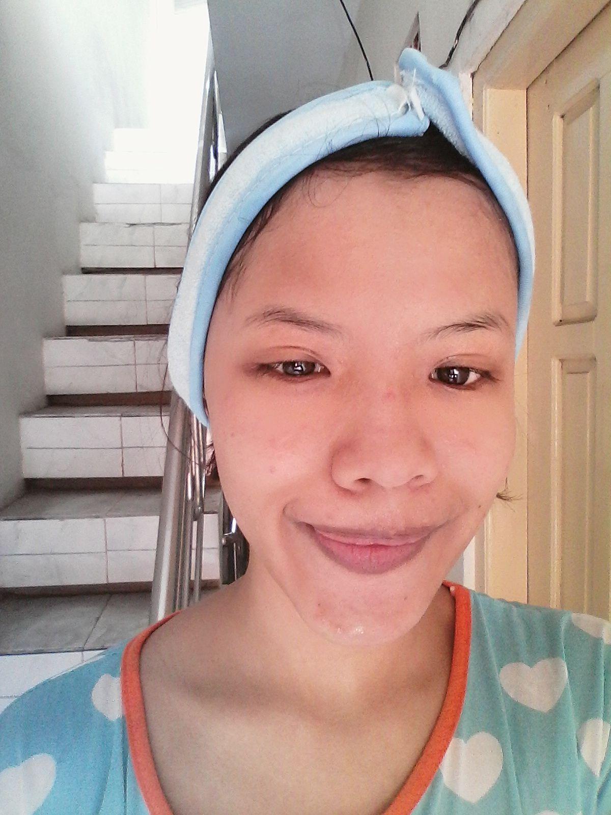 gambar review ke-9 untuk Biore Skin Caring Facial Foam Bright & Oil Clear
