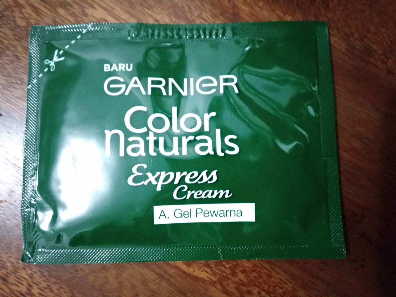 gambar review ke-11 untuk Garnier Color Naturals Express Cream