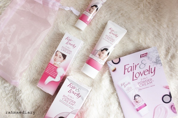 gambar review ke-8 untuk Fair & Lovely 2 in 1 Powder Cream