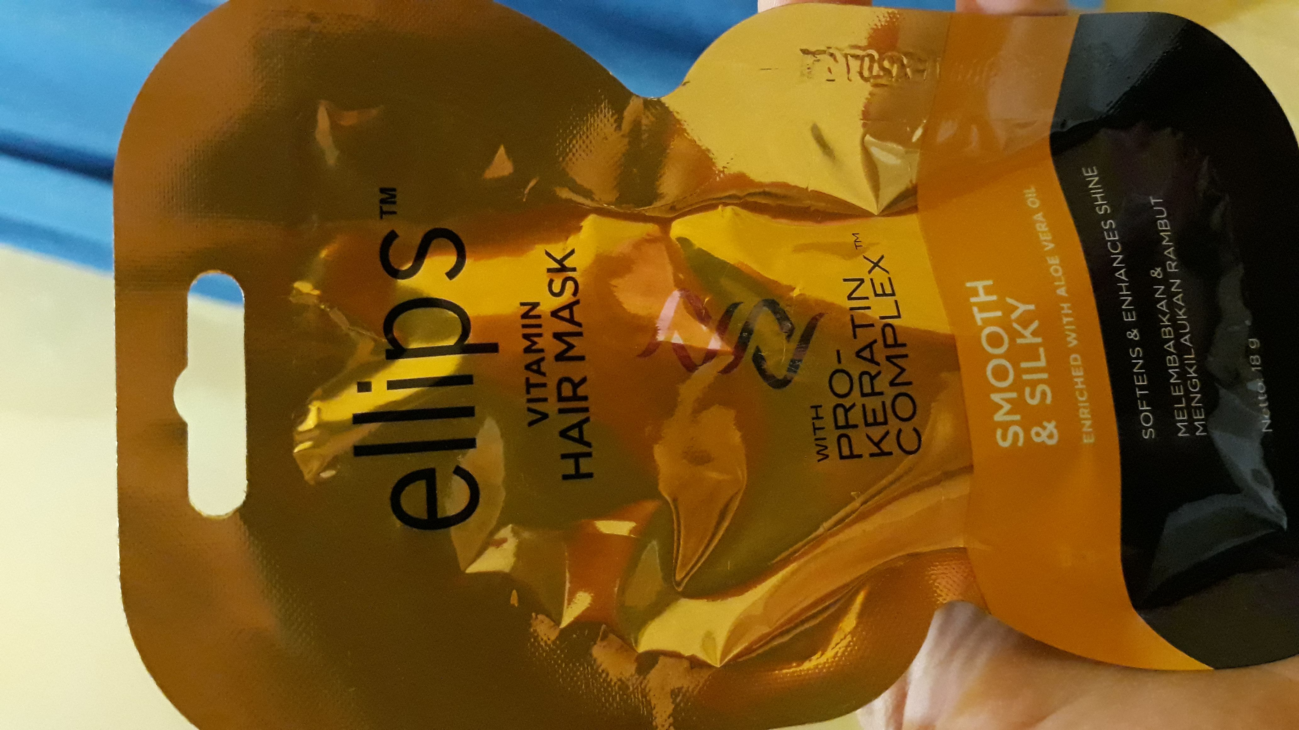 gambar review ke-1 untuk Ellips Hair Mask Pro Keratin Complex - Smooth & Silky