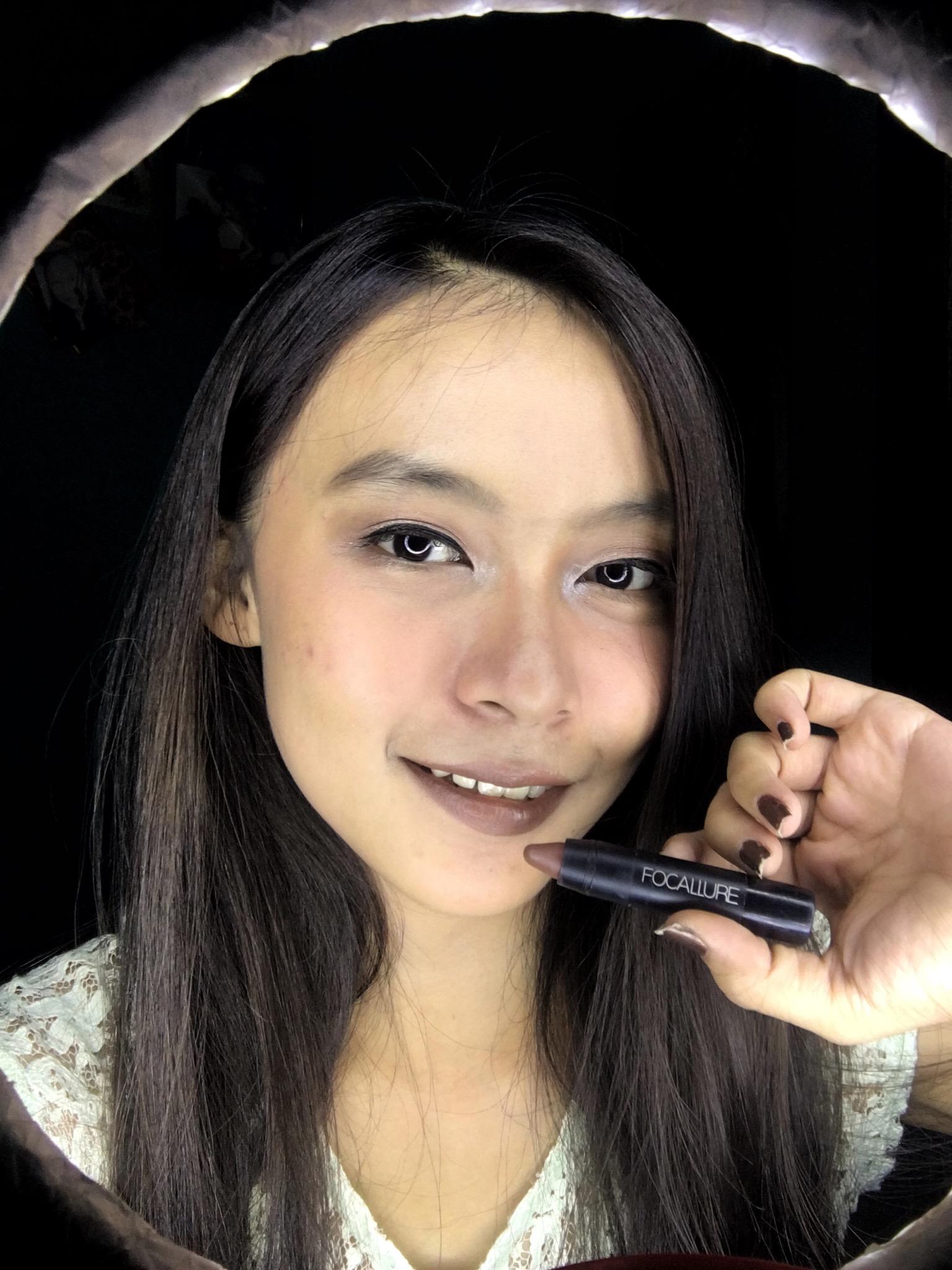 gambar review ke-2 untuk Focallure Lipstick Matte