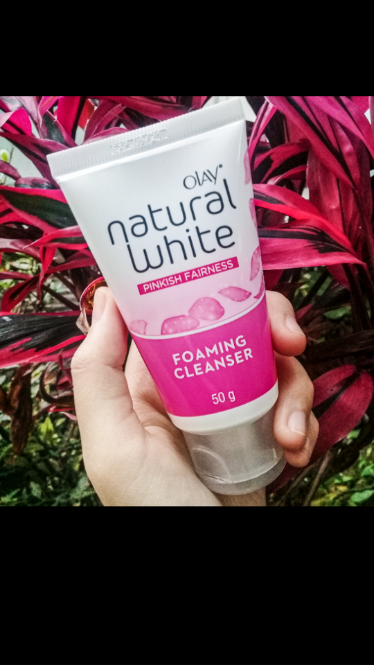 image review Olay Natural White Foaming Cleanser
