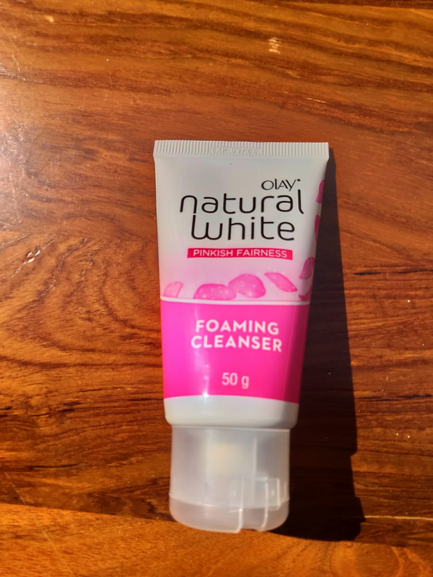 gambar review ke-3 untuk Olay Natural White Foaming Cleanser
