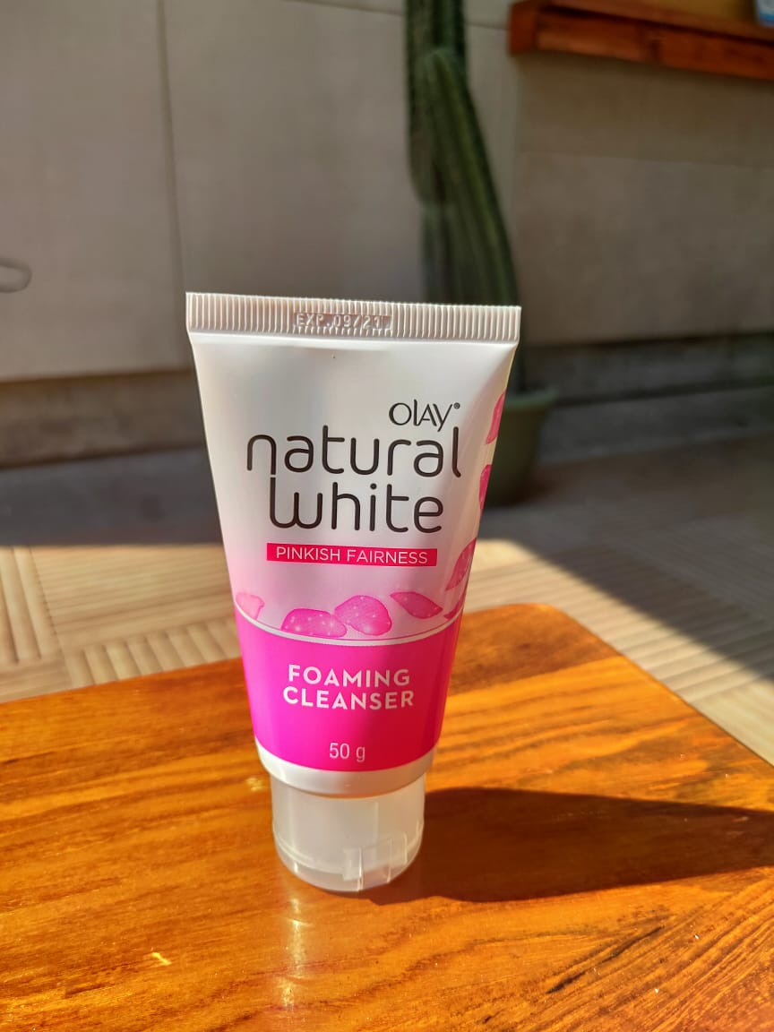 gambar review ke-2 untuk Olay Natural White Foaming Cleanser