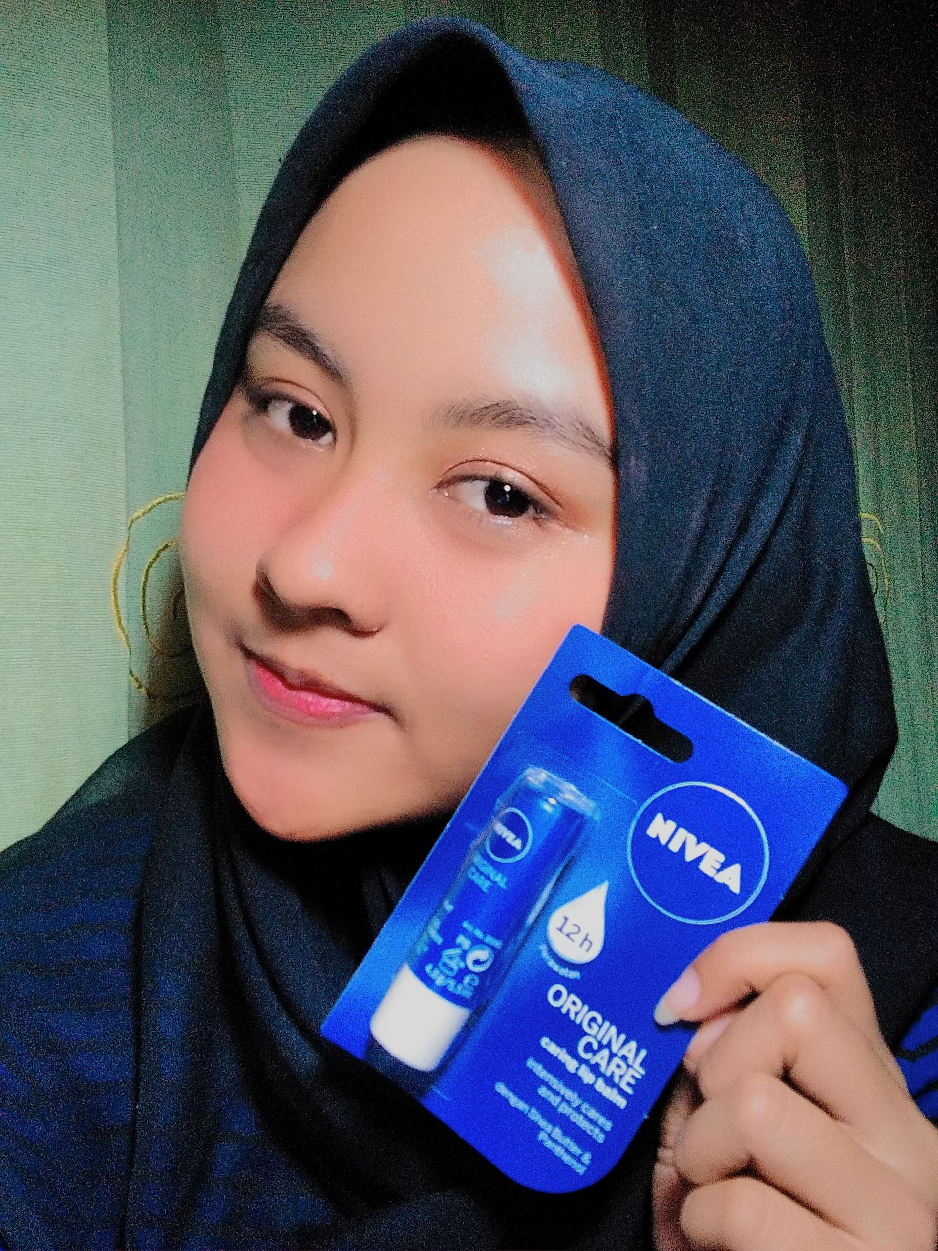 image review Nivea Lip Balm Original Care