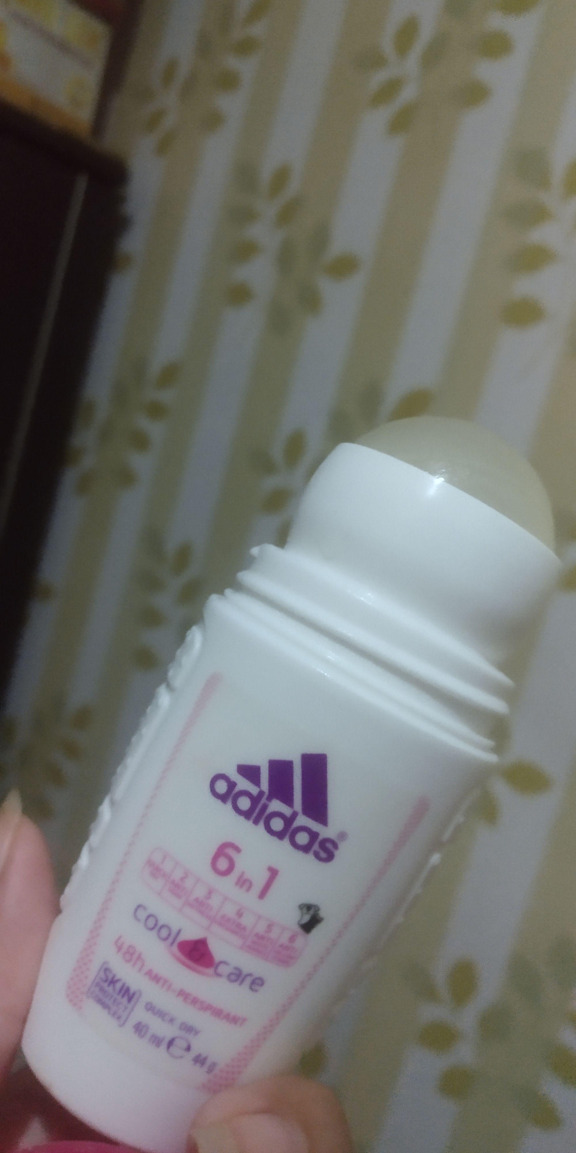 gambar review ke-2 untuk Adidas 6 in 1 Cool & Care Deodorant Roll-on