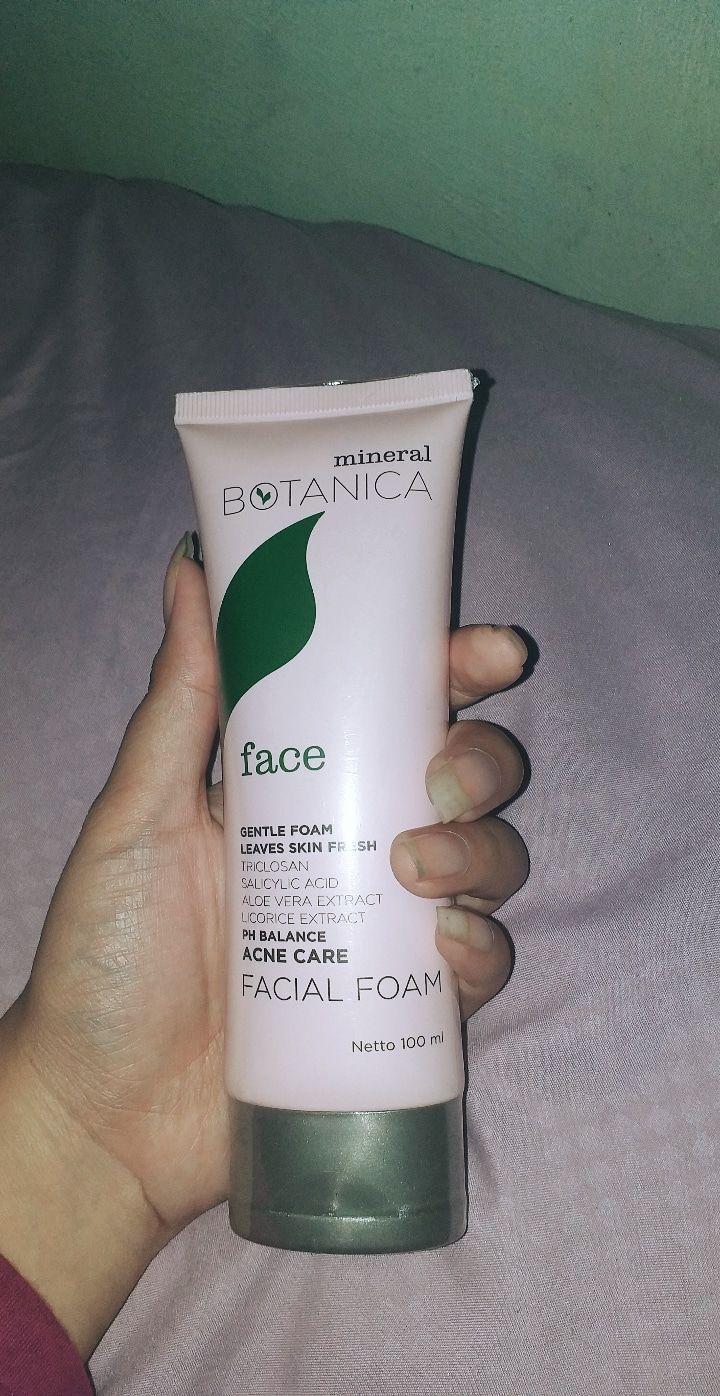gambar review ke-4 untuk Mineral Botanica Acne Care Facial Foam