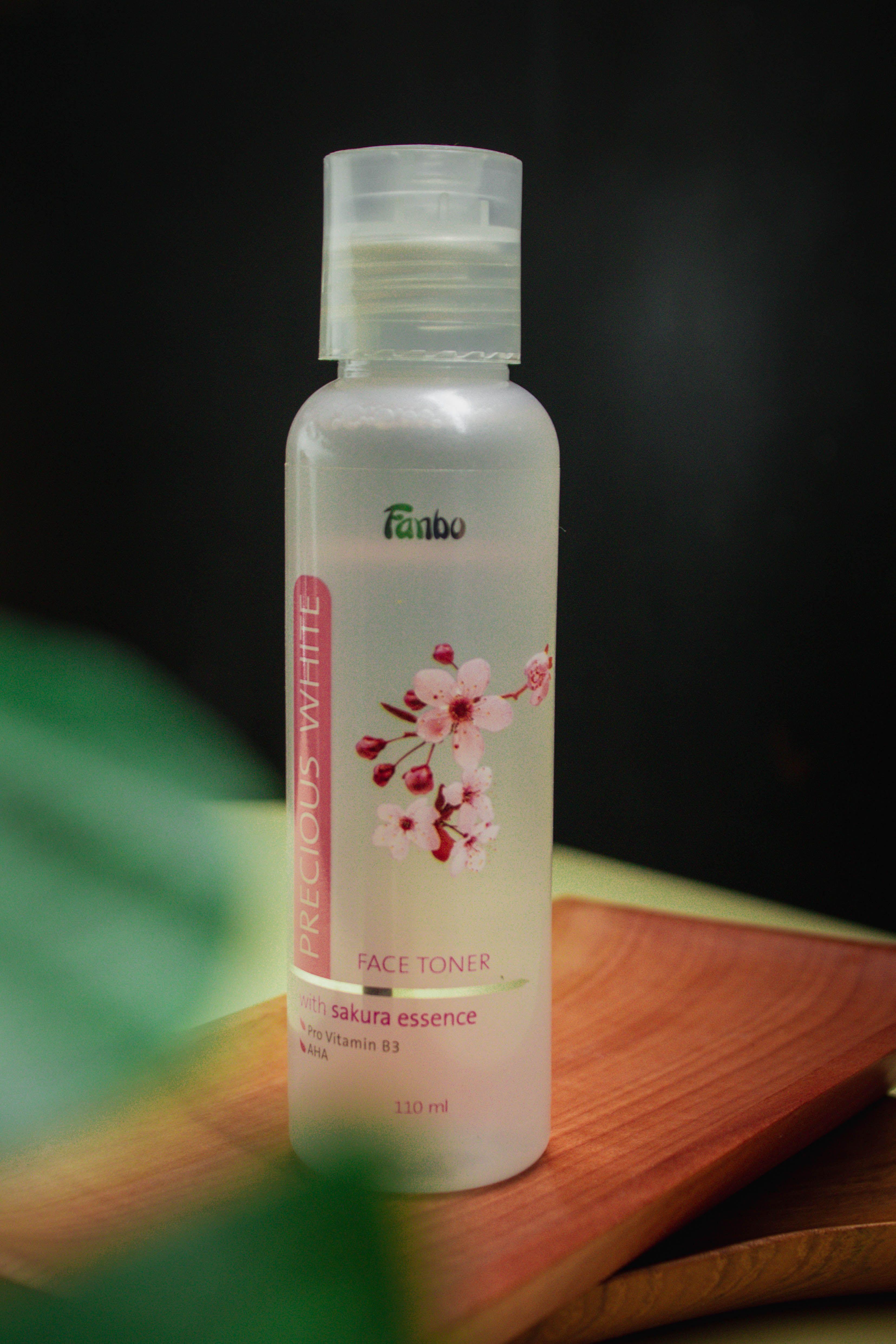 gambar review ke-1 untuk Fanbo Precious White Face Toner