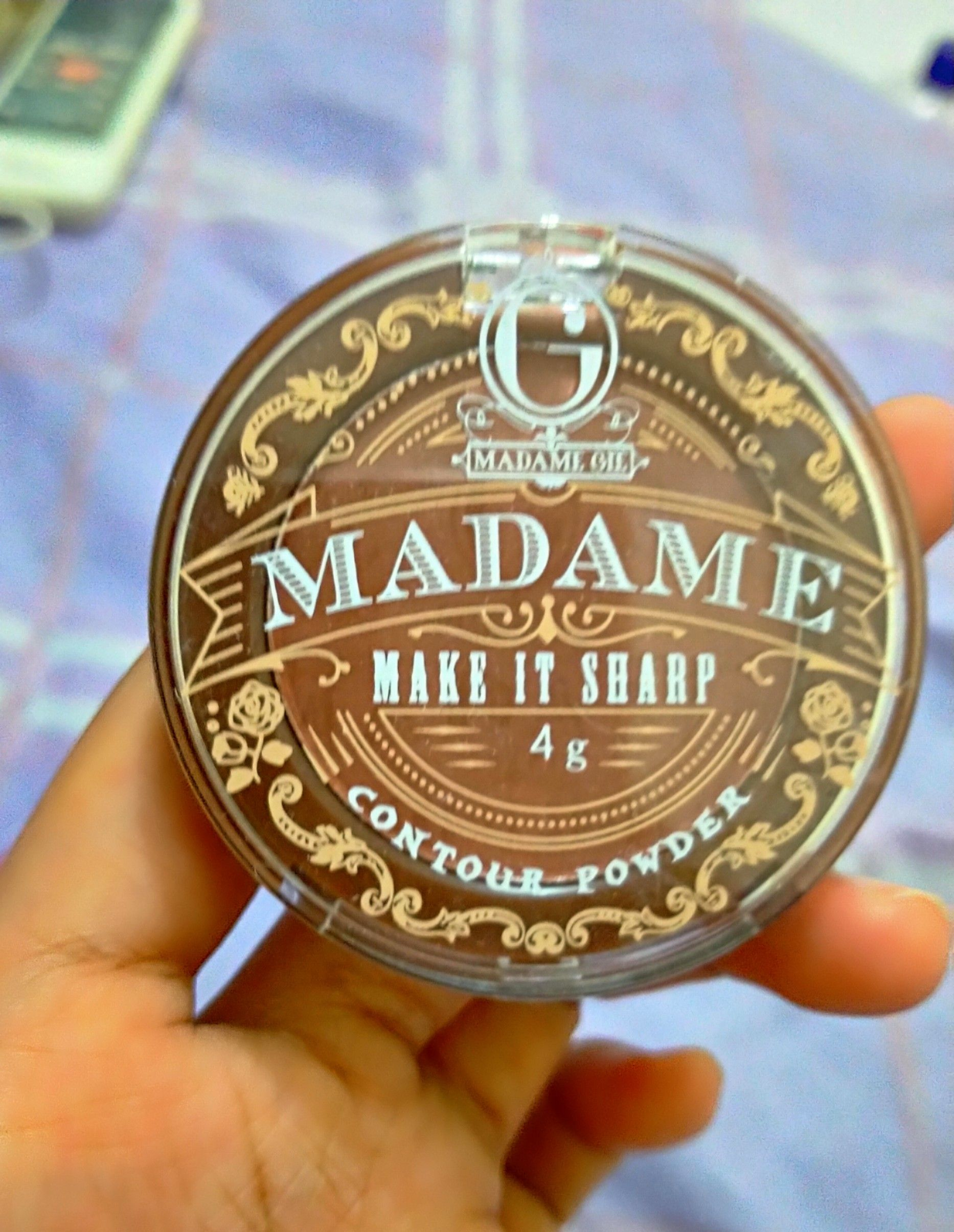 image review Madame Gie Make It Sharp - Contour