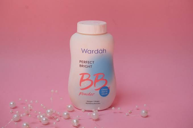 gambar review ke-2 untuk Wardah Perfect Bright BB Powder
