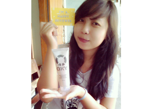 gambar review ke-2 untuk Oxy Whitening Smooth Face Wash