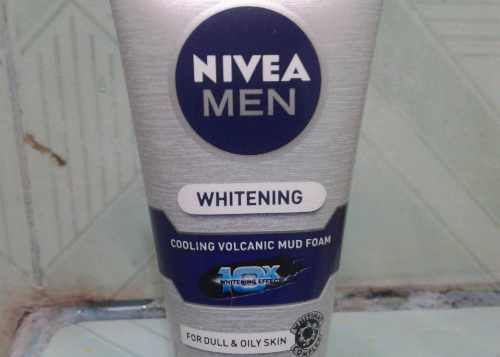 image review Nivea Men Whitening Cooling Volcanic Mud Foam