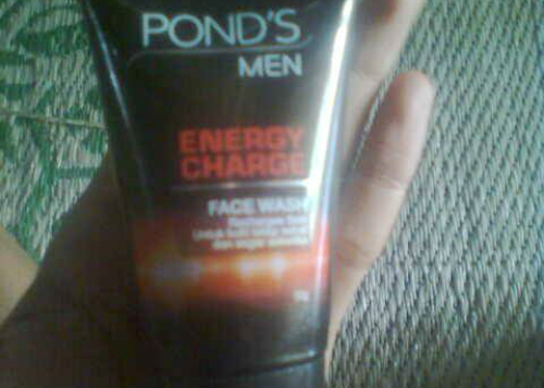 gambar review ke-1 untuk Pond's Men Energy Charge
