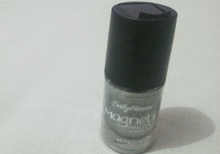 gambar review ke-1 untuk Sally Hansen Magnetic Nail Polish Silver Elements