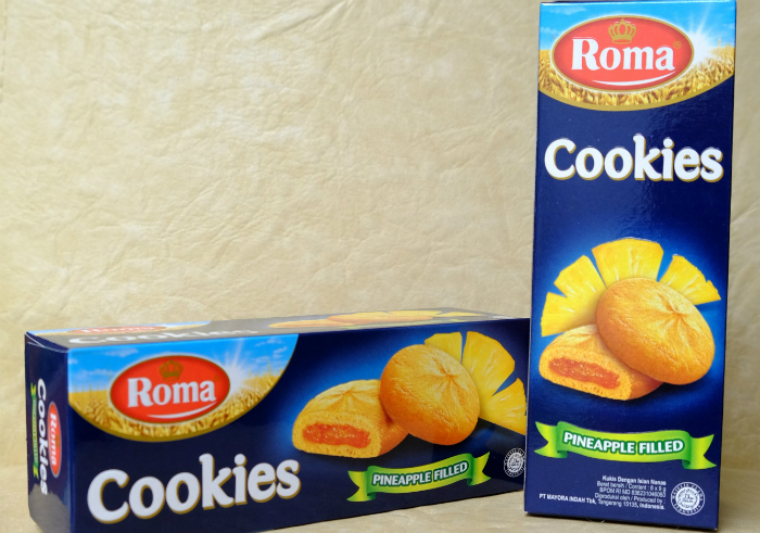 gambar review ke-1 untuk Roma Cookies Pineapple Filled