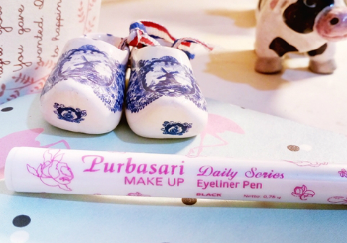 image review Purbasari Eyeliner Pen