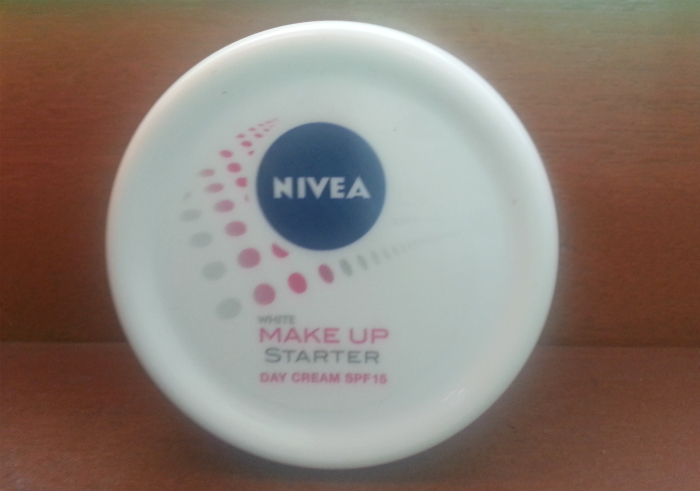 Cream Pelembab Nivea White Make Up Starter Day Cream