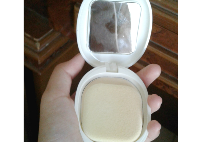 image review Bedak Padat Pigeon Teens Compact Powder Yellow