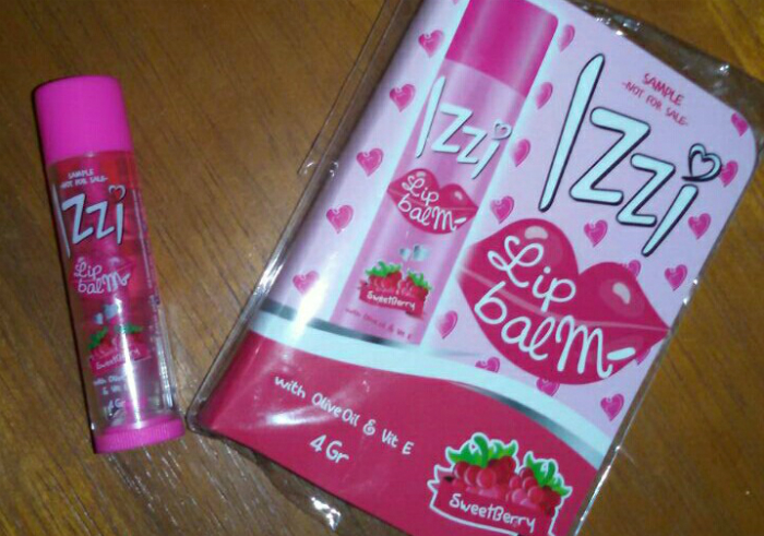 image review Izzi Lip Balm Sweetberry