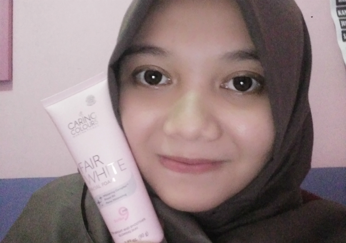 gambar review ke-1 untuk Caring Colours Fair White Facial Foam