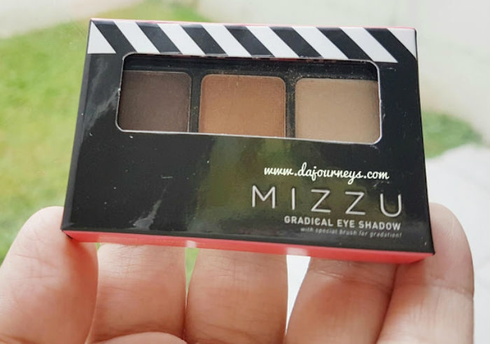 image review Mizzu Gradical Eye Shadow Coral Sand