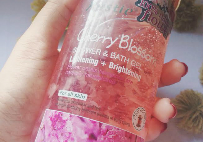 image review Kustie Shower & Bath Gel Cherry Blossom