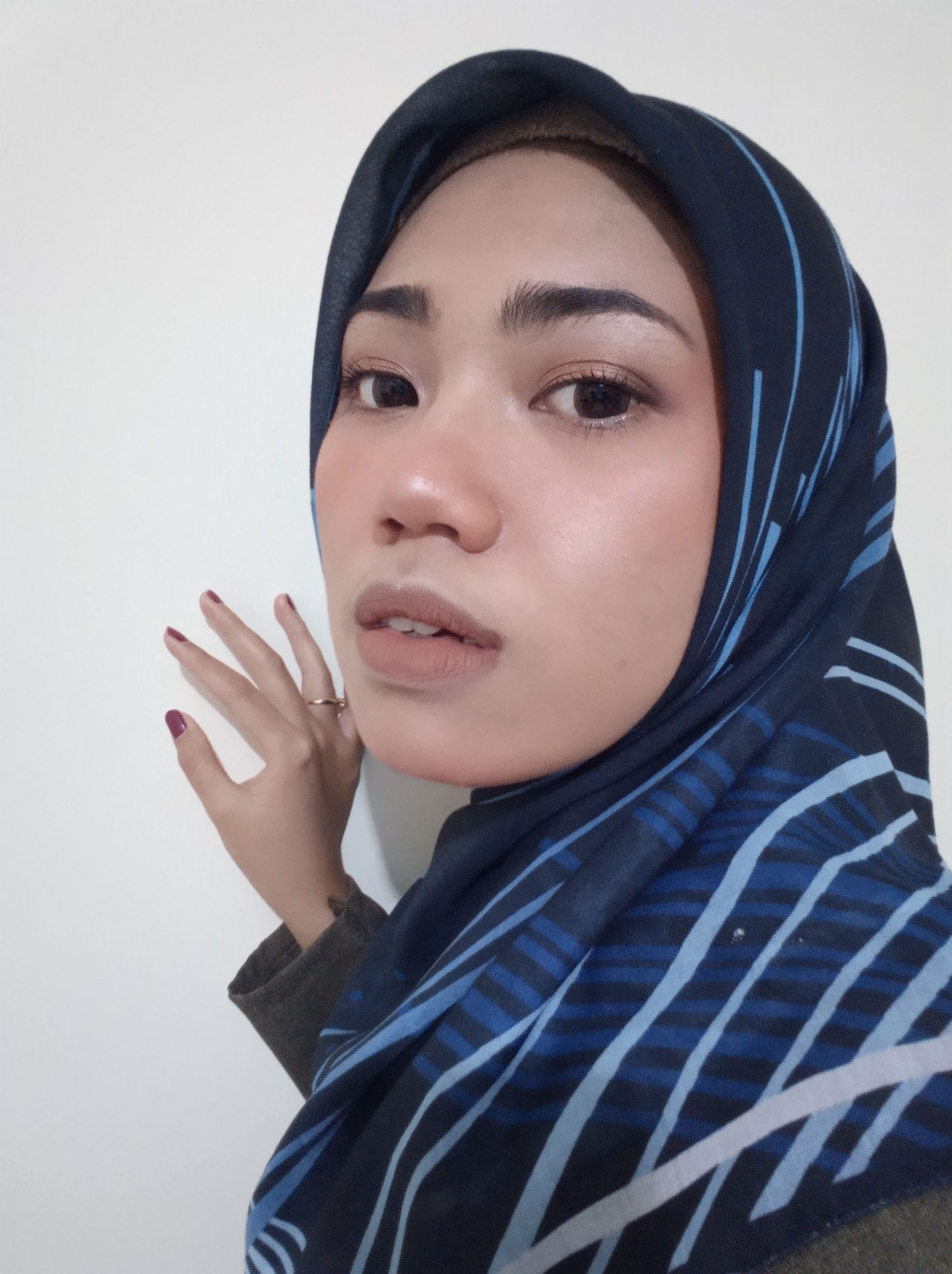 gambar review ke-2 untuk Viva Face Finishing Touch (Blush On)