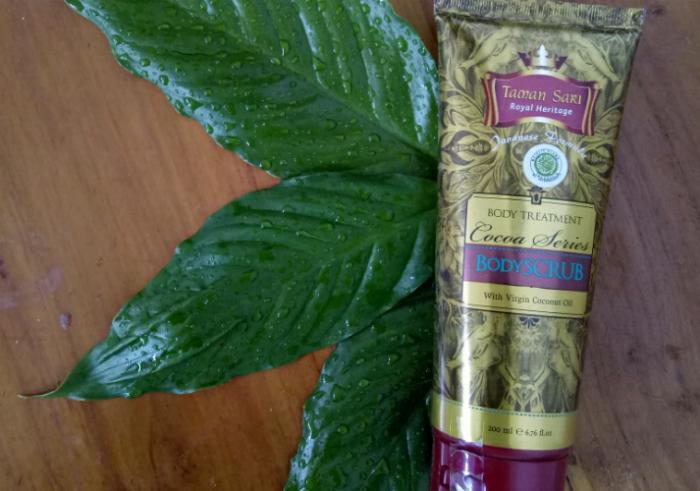 image review Taman Sari Royal Heritage Body Scrub Cocoa Series