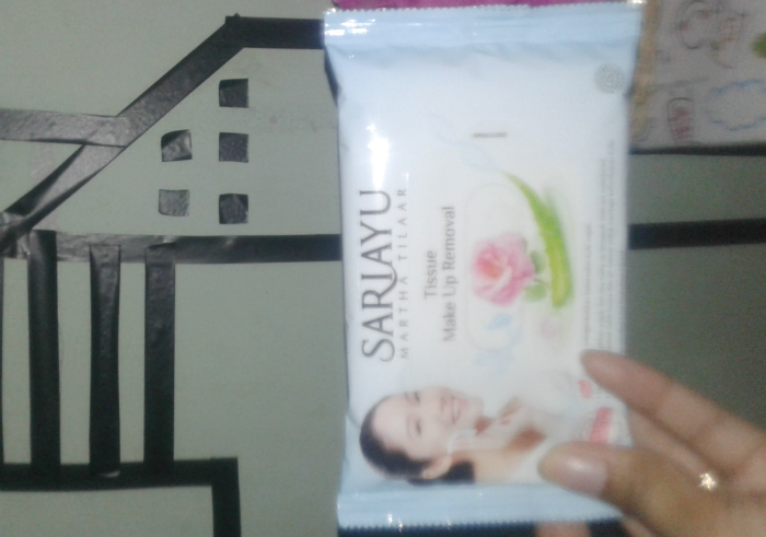image review Sariayu Tissue Make Up Removal
