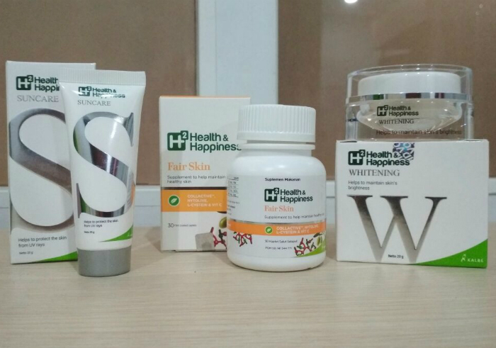 gambar review ke-1 untuk Rangkaian Perawatan Wajah H2 Health & Happiness Whitening, Suncare dan Fair Skin