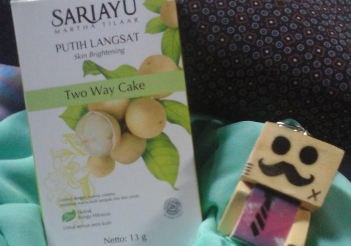 image review Sariayu Putih Langsat Two Way Cake