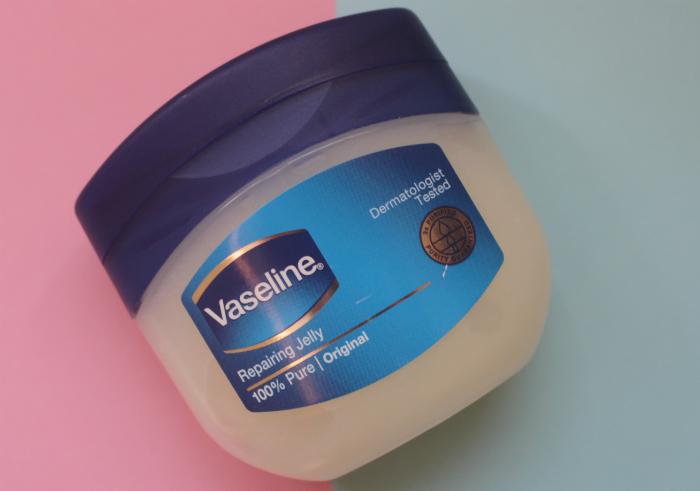 gambar review ke-1 untuk Vaseline Repairing Jelly