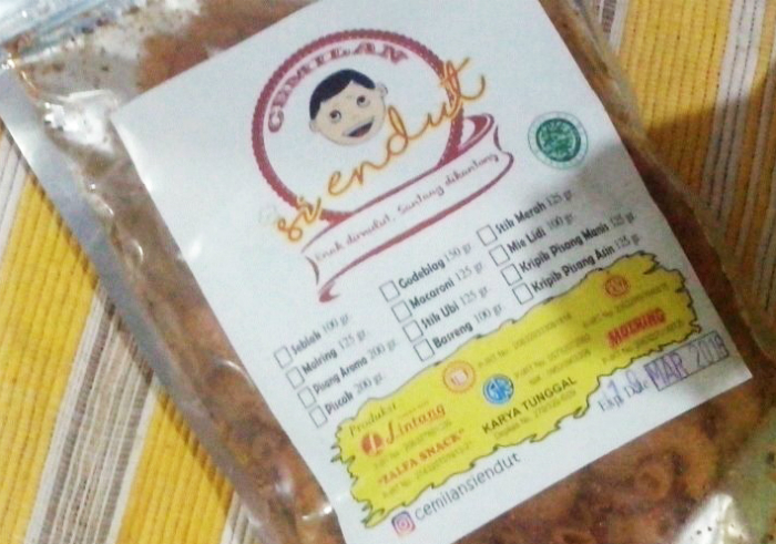 gambar review ke-1 untuk Cemilan Siendut Macaroni Jeruk Pedas