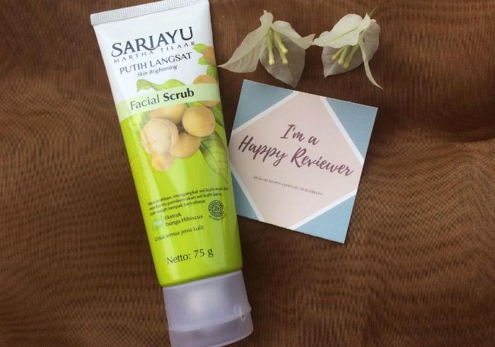 gambar review ke-1 untuk Sariayu Putih Langsat Facial Scrub