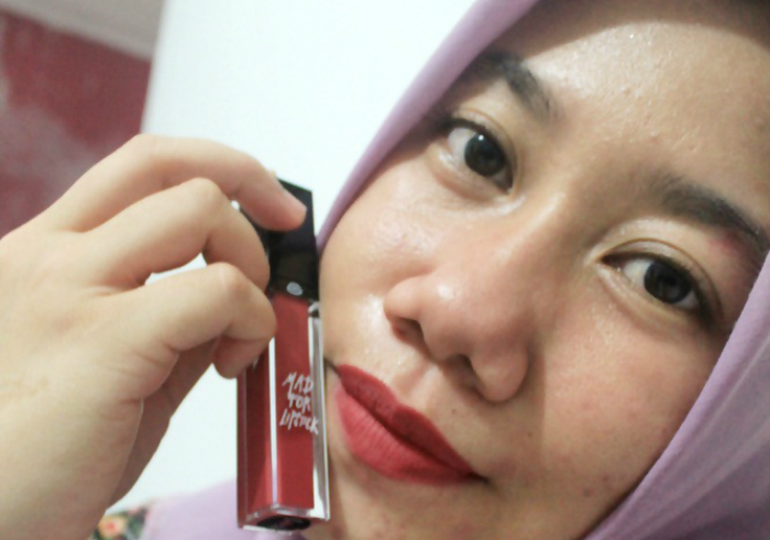 image review Mad For Lipstick Desire