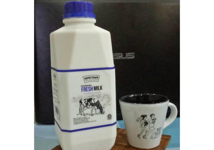 gambar review ke-1 untuk Hometown Dairy Fresh Milk