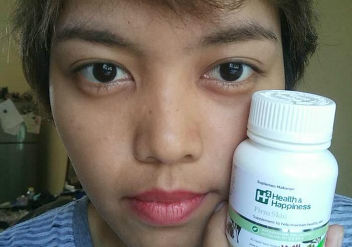 gambar review ke-1 untuk H2 Health & Happiness Firm Skin