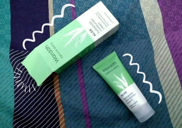 image review Wardah Nature Daily Aloe Hydramild Moisturizer