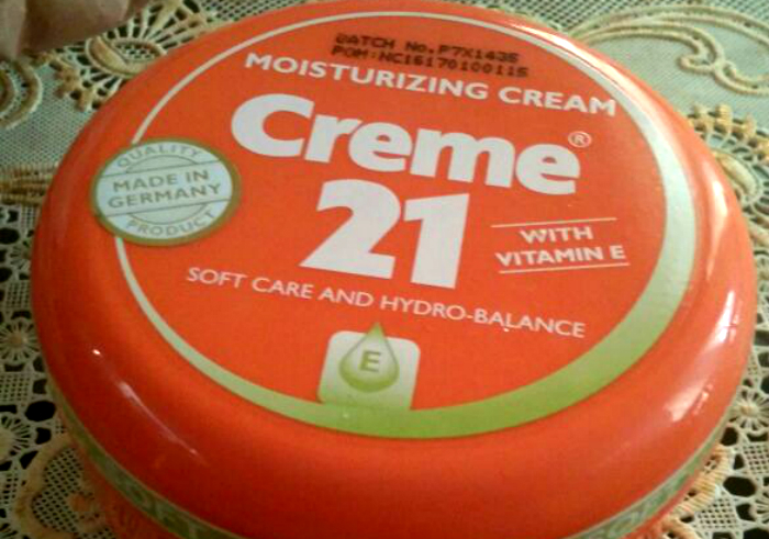 image review Creme 21 Moisturizing Cream